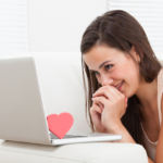 Can a Girl Make the First Move in Online Dating ?