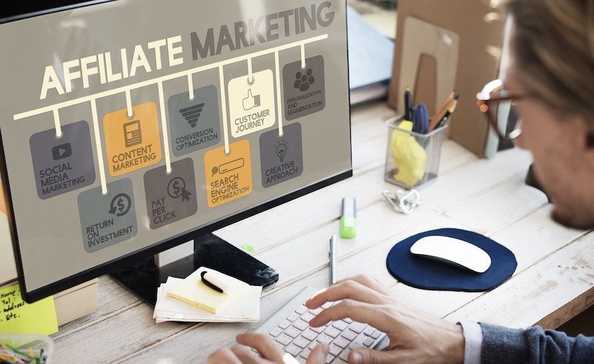 8-Key-Benefits-and-Pitfalls-of-Affiliate-Marketing-anne-cohen-writes-acw