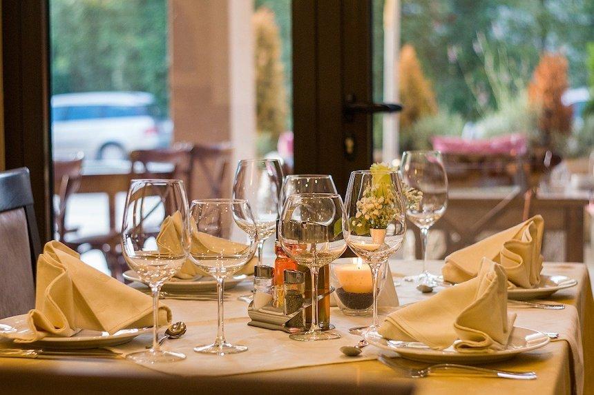 Unique-Design-Ideas-for-a-New-Restaurant