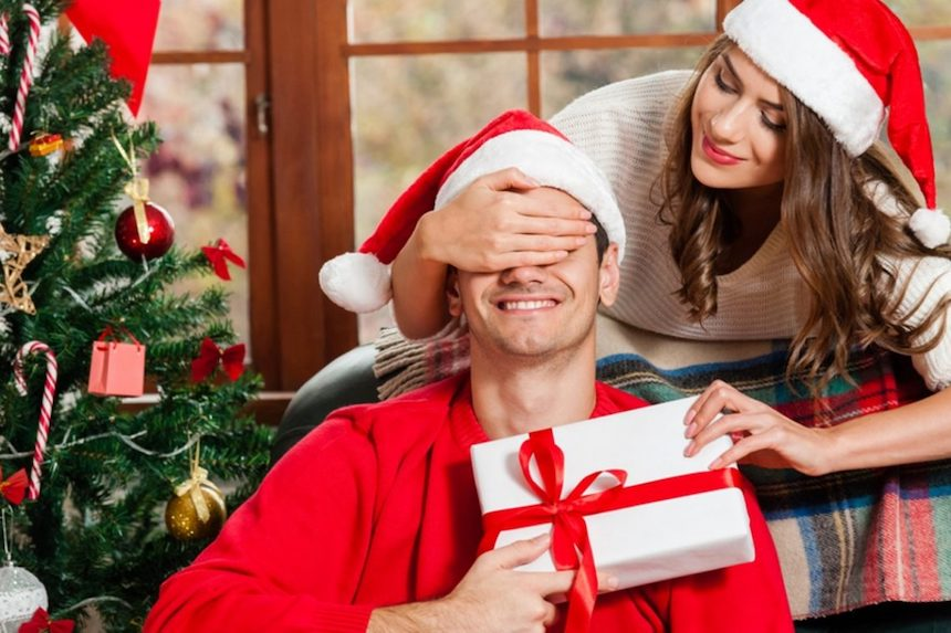 4-Fashionable-Gifts-to-Consider-for-Your-Husband-This-Christmas