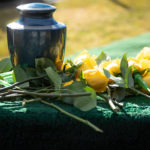 A Guide for Choosing the Best Cremation Urns for Your Loved Ones