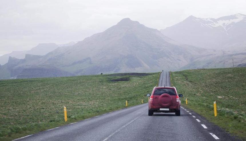 10-Ways-To-Make-Long-Drives-More-Comfortable