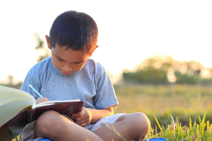 5-Ways-to-Keep-Your-Child-Learning-This-Summer