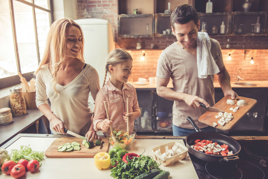 Working-From-Home-How-to-Enjoy-Great-Meals-Without-Restaurants
