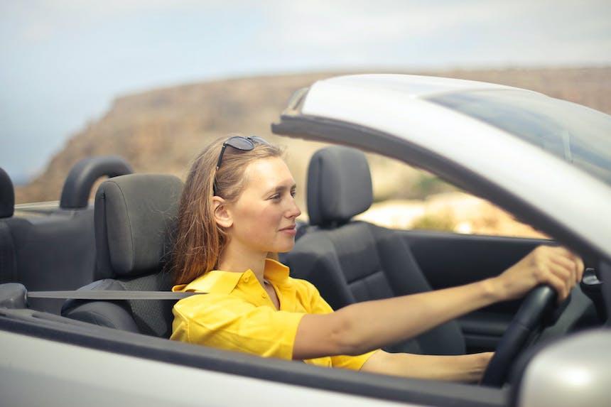 drive-car-teenager