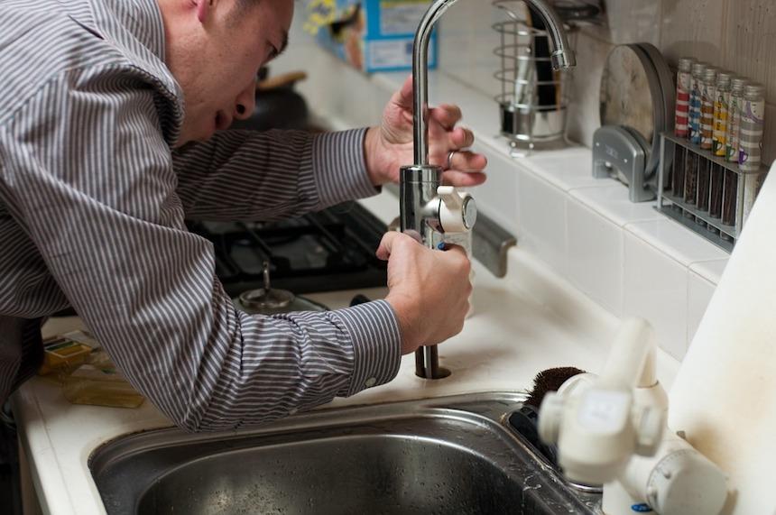 plumber-List-of-Plumbing-Repairs-You-Should-Never-DIY