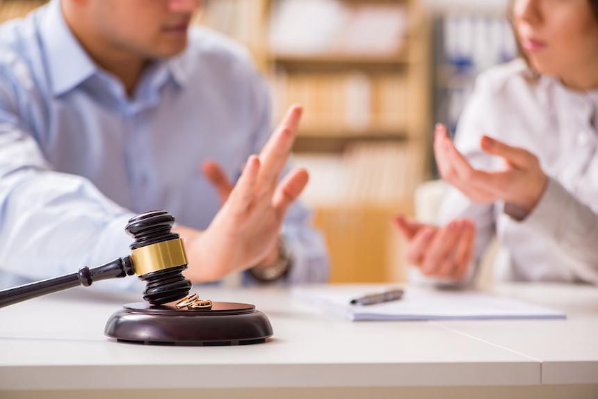 divorce-court-trial-acw-anne-cohen-writes