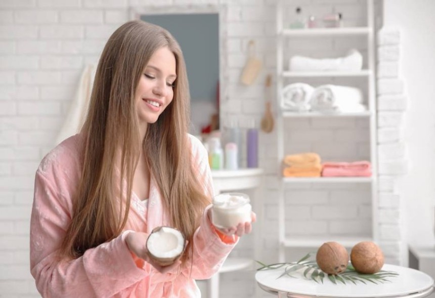 5-Underestimated-Benefits-of-Coconut-Oil-for-Home-Treatment