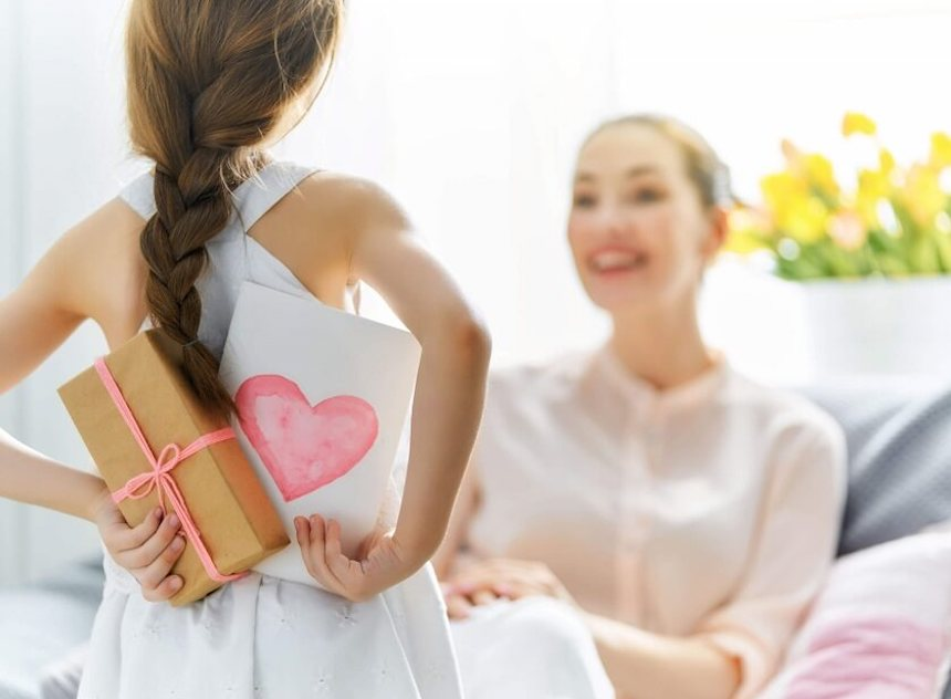 gifts-for-her-women-gift-ideas