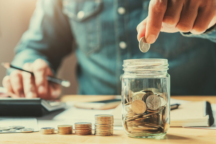 6-Lifestyle-Changes-That-Help-Save-Money