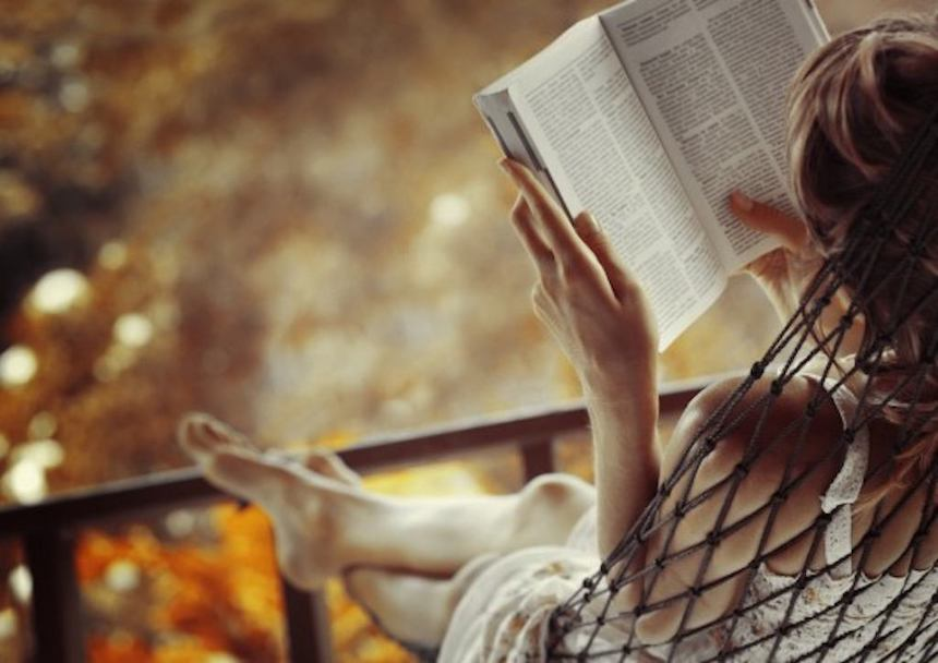 4-gift-ideas-bookworm-friend-poetry