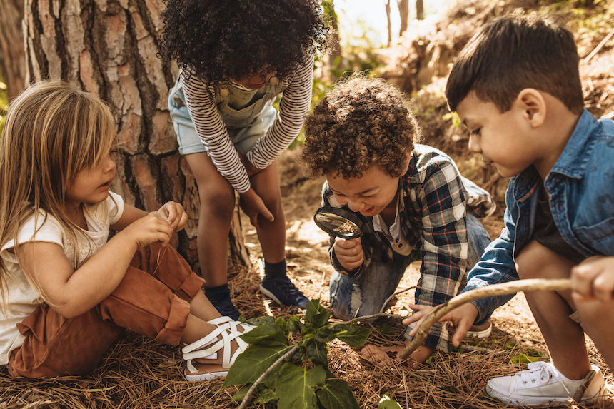 Encourage-Your-Kids-To-Get-Outside-This-Spring