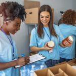 4 Types of Volunteer Events You Can Throw by Yourself