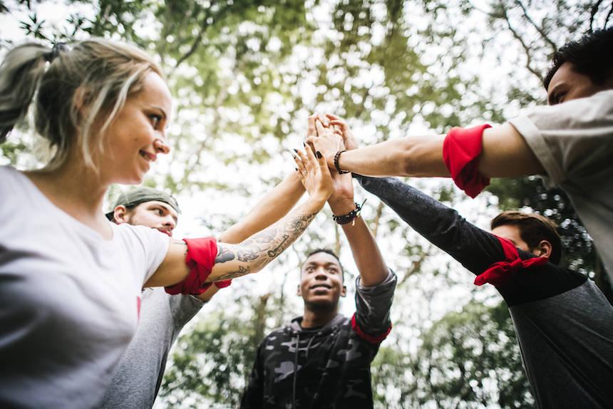top-4-team-building-activities-small-teams