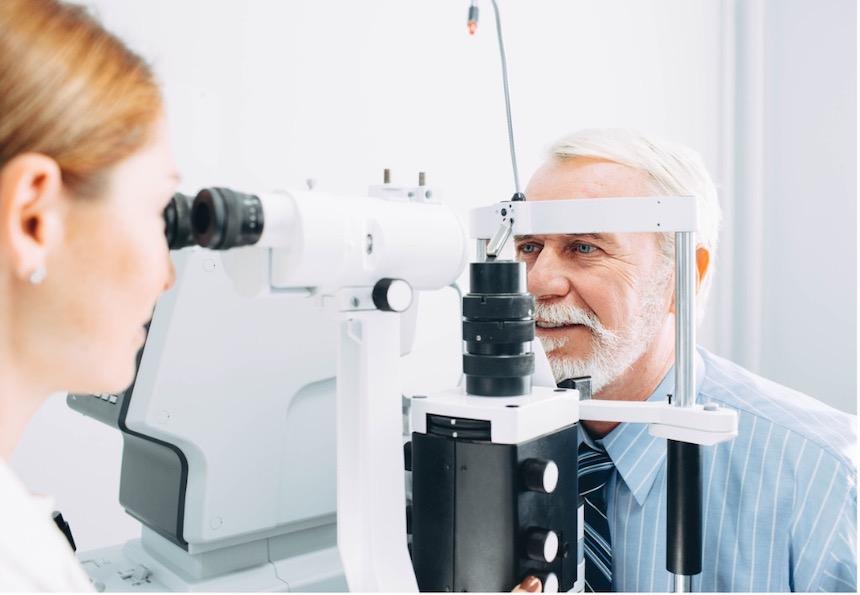 regular-eye-checkups-age