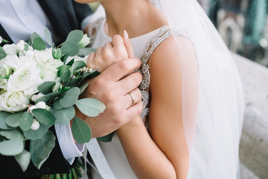 ways-you-can-make-your-wedding-beautiful-as-unique-relationship